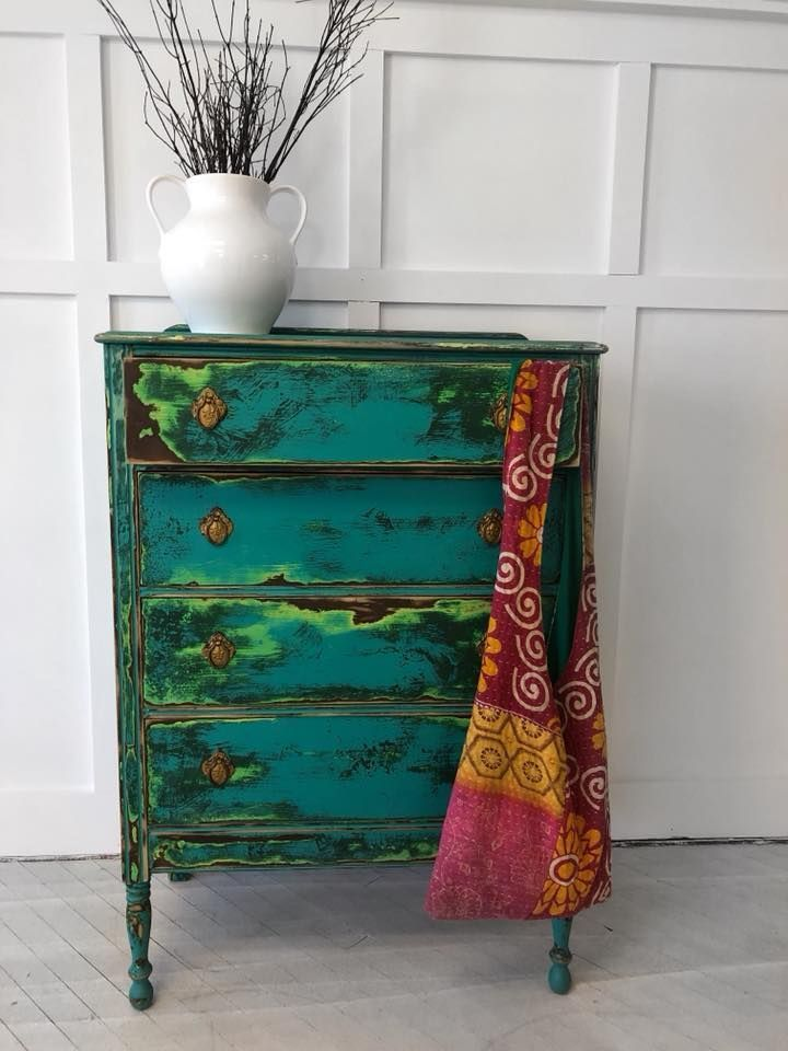 Annie Sloan Stockist The Cottage Furniture and Home Boutique designed this shows...