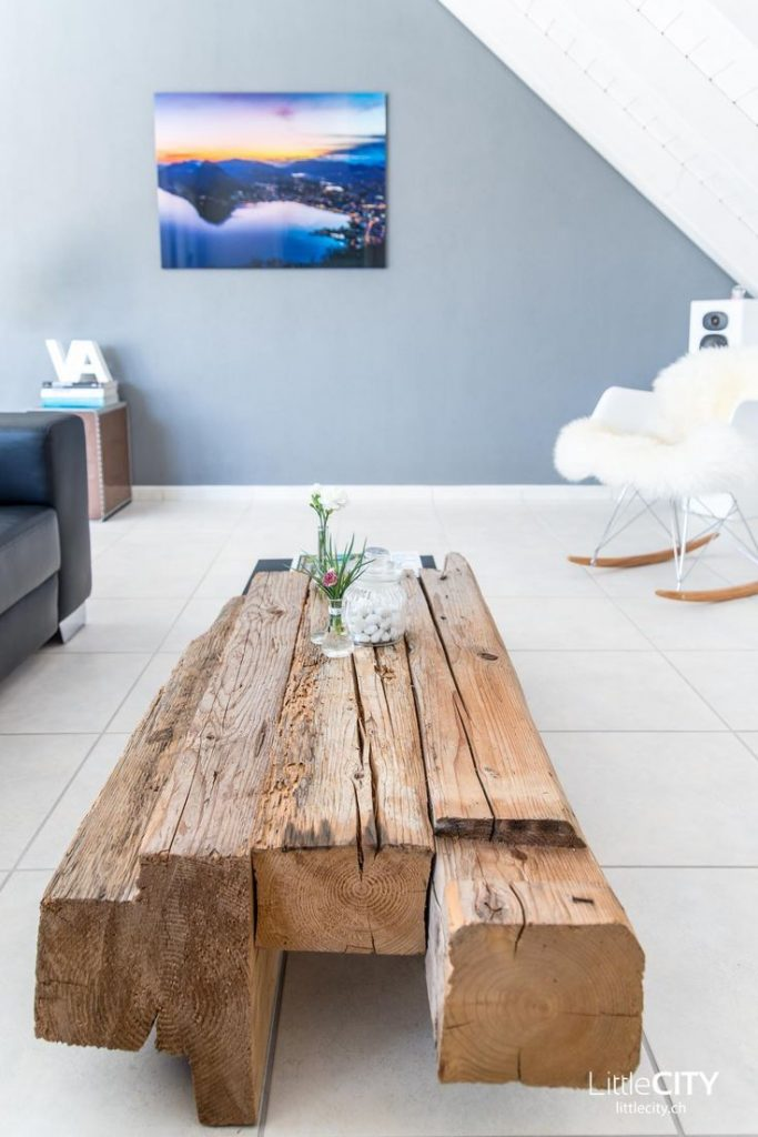 DIY coffee table made of old wood - completely self-built